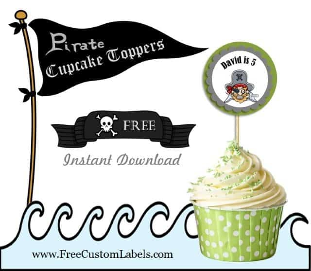 Cupcake toppers with a pirate theme