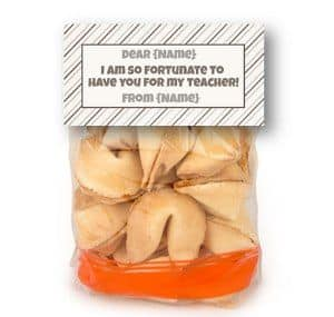 bag topper for fortune cookies
